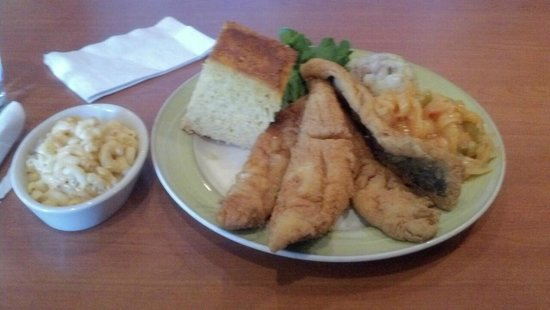 Croaker's Spot Restaurants : Fried fish with corn bread, house potatoes, and mac n cheese