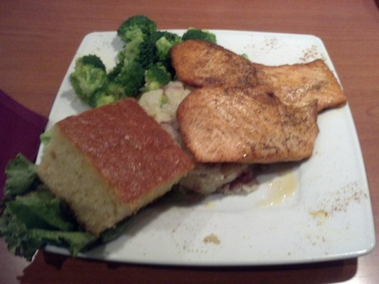 Croaker's Spot Restaurants: Grilled Salmon with House Potatoes and Broccoli