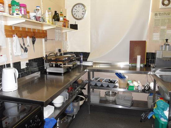 The Cobbles Cafe: Kitchen