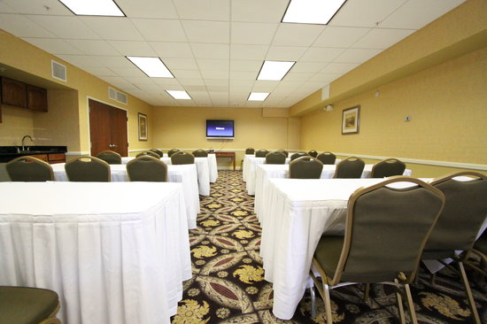 Best Western Plus Hannaford Inn & Suites: Executive Meeting Room