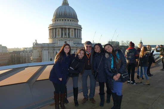 Great Views of St Pauls Cathedral with  London Private Tours
