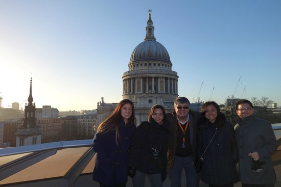 Brendon Yujuico and Family visiting London seen here with David from London Private tours