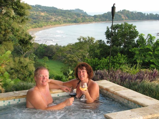 Punta Gabriela : Hot tub with a View!