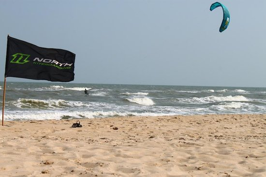 17 Knots Kite Surf Center