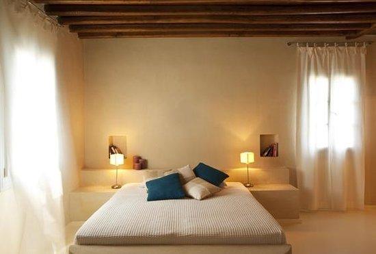 Verina Suites: Room view
