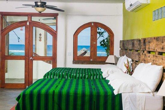 Tranquilseas Eco Lodge and Dive Center: gecko suite 2