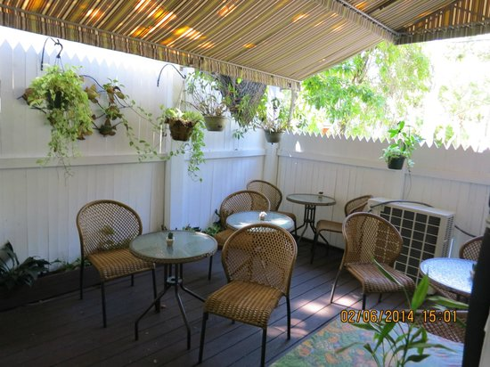 Seascape Tropical Inn: Breakfast room