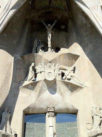 Sagrada Família : The crucification scene outside