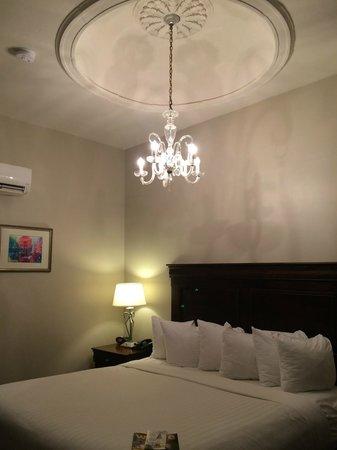 Inn on St. Peter: Room 16
