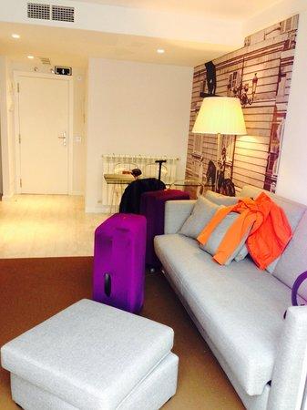 Eric Vökel Boutique Apartments - Atocha Suites: Living area