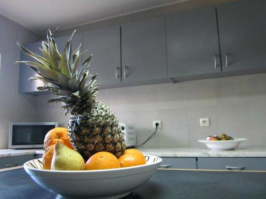 L'Auberge Casa Do Monte: interior kitchen