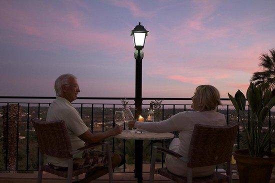 L'Auberge Casa Do Monte: principal balcony area