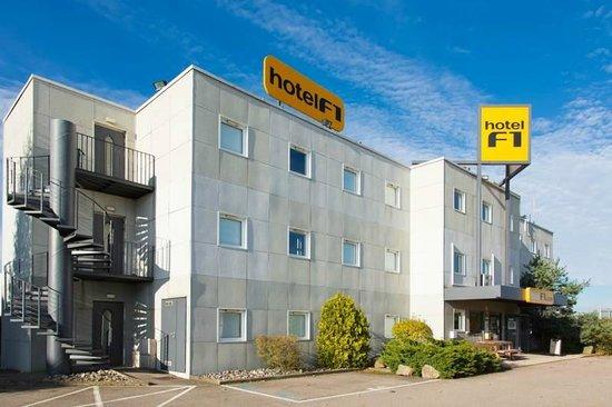 Chavelot, Francia: Extérieur de l'hôtel