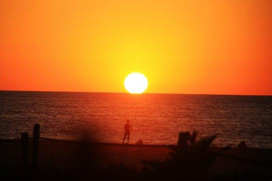 Hotel Surf Olas Altas : Las mejores puestas de sol en Playa Zicatela