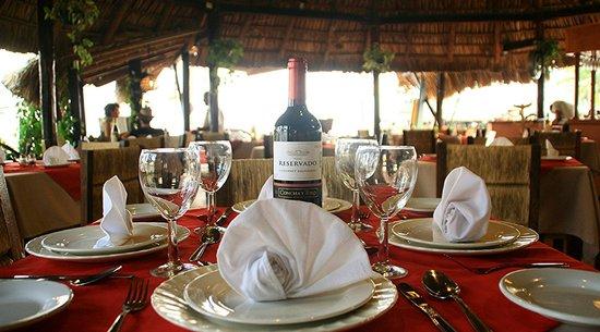 Hotel Surf Olas Altas : Servicio de excelencia en nuestro Restaurante Olas Altas