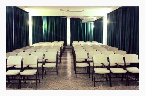Hotel Surf Olas Altas : Nuestros Salones de Eventos, con Aire Acondicionado, Proyector & Sistema de Audio