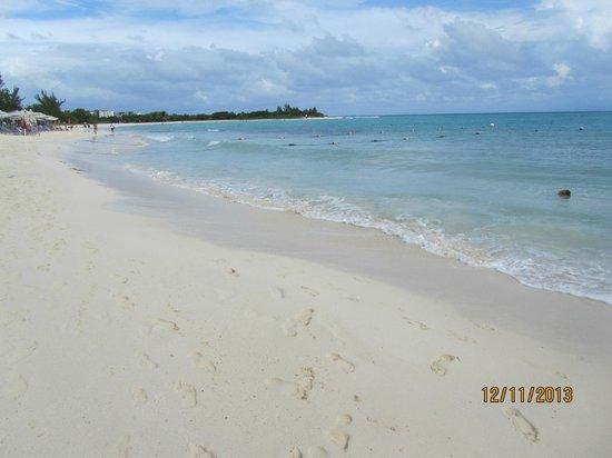 Paradisus Playa Del Carmen La Esmeralda : The Beach from the Resort