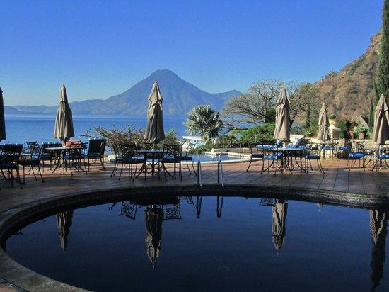 Hotel Atitlan: Swimming Pool