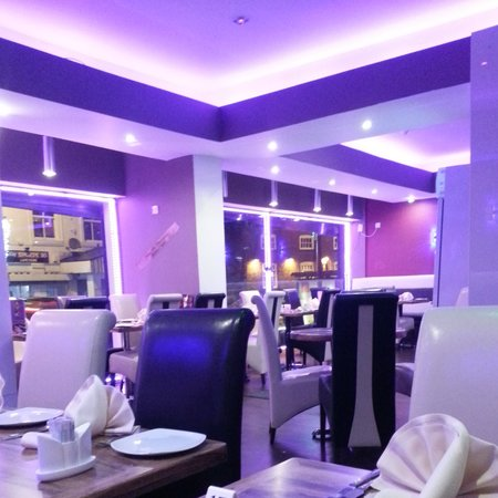 Tandoori Night Indian Restaurant: inside