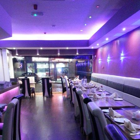 Tandoori Night Indian Restaurant: inside2