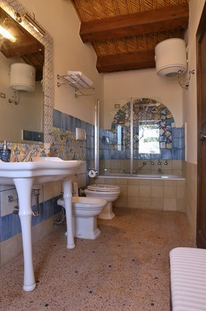 BAGNO 2 APP 10 - Picture of Resort Sant\'agostino, Syracuse - TripAdvisor