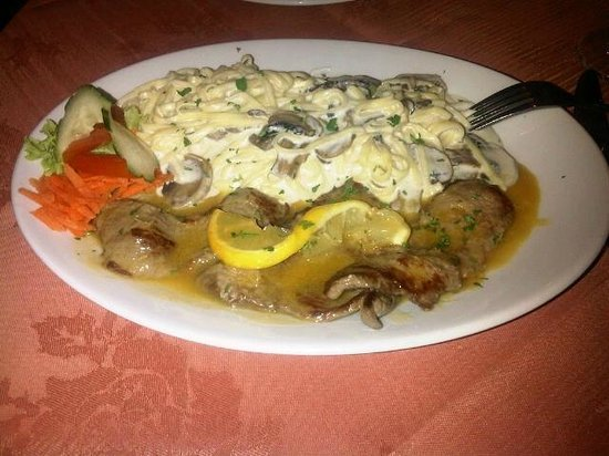 Villa Rosa: veal with mushrooms lemon butter and creamy pasta