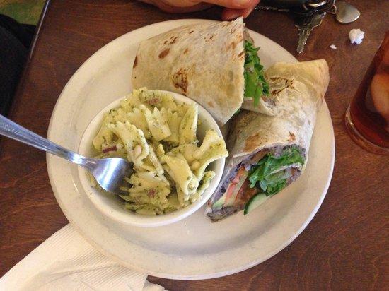 Gathering Grounds: Hummus wrap & pesto pasta