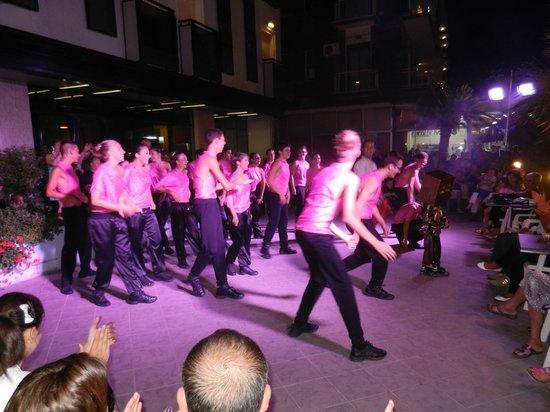 Hotel Gardenia: Spectacle de danse