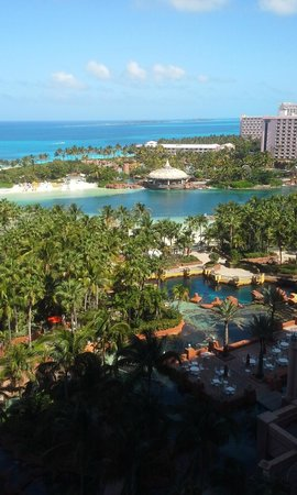 Atlantis, Royal Towers, Autograph Collection : View from our room, Royal Towers, Room 12-544