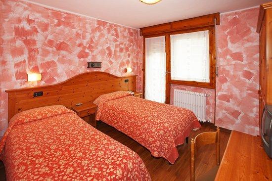 Hotel Holiday Debili: camera doppia