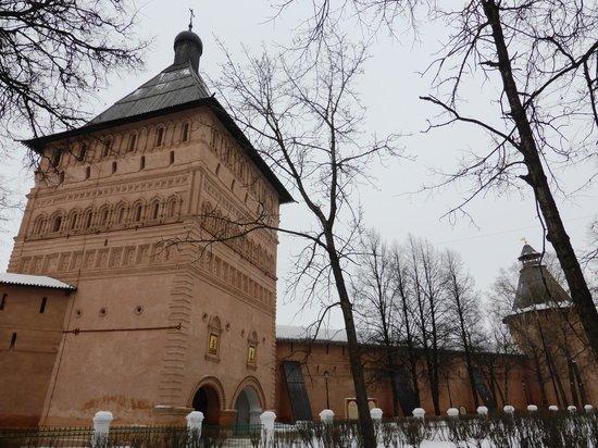 Spaso-Evfimiyev Monastery Museum Complex: Монастырские сторожевые башни
