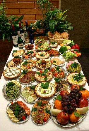 Mezze Royal - Foto de Phoenicia Restaurant Libanais Traiteur ... on