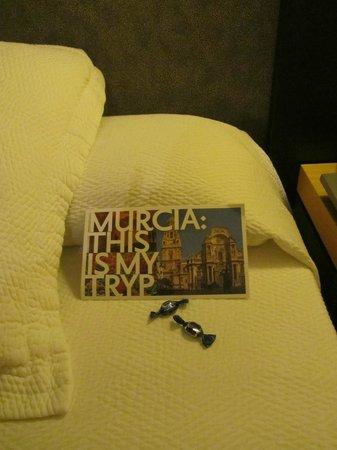 Tryp Hotel Rincon de Pepe: Detalle cama