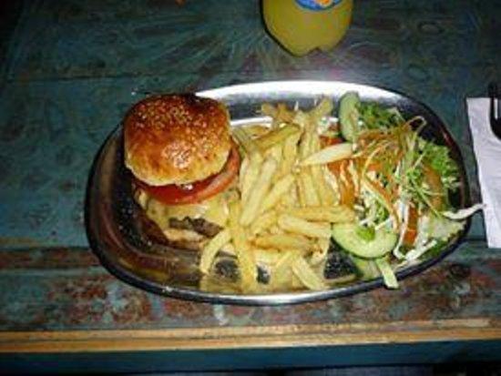 Cafe Clock : Burger de chameau