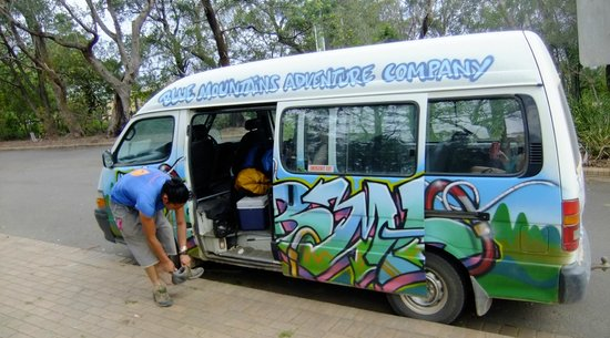 Blue Mountains Adventure Company: The BMAC bus - all mod cons!!