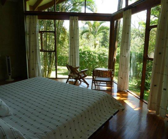 Tenorio Lodge: Chambre dans le bungalow au vert