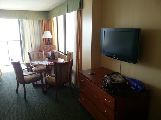 Holiday Inn Hotel & Suites Clearwater Beach: Room