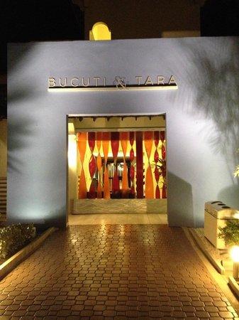 Bucuti & Tara Beach Resort Aruba: the front of the hotel