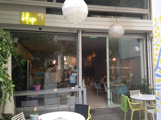Hip Cafe : Le resto vu de la terrasse