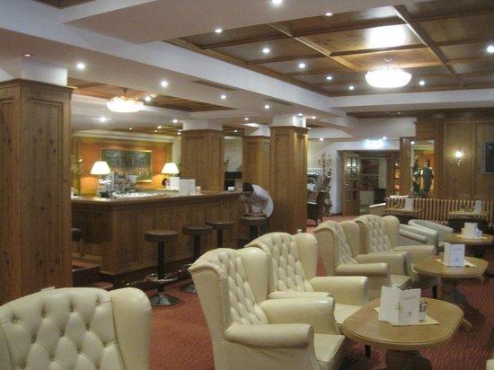 Hotel Alte Post: Bar