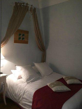 Hotel des Prelats : Bonne literie