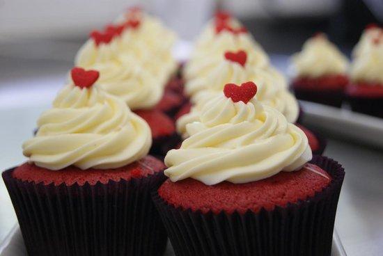 FairyLand Cafe & Cupcakeria