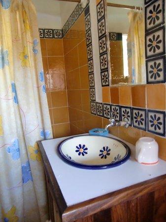 Villa Escondida: Baño completo