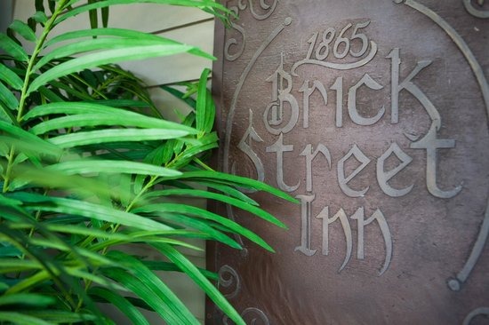 Brick Street Inn Established 1865