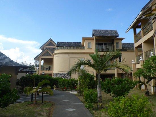 Jalsa Beach Hotel & Spa - Mauritius: Hotel view