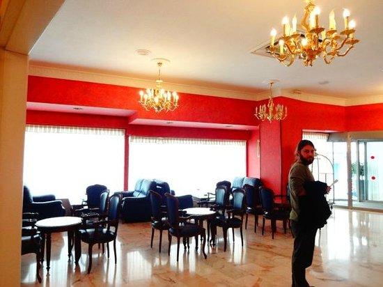 Salles Hotel Malaga Centro: Entrada do hotel