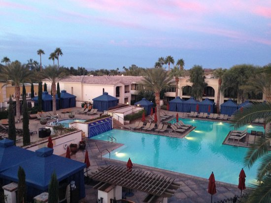 Omni Scottsdale Resort & Spa at Montelucia: View of main pool from workout center