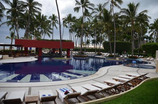 Club Regina Puerto Vallarta: nice warm pool