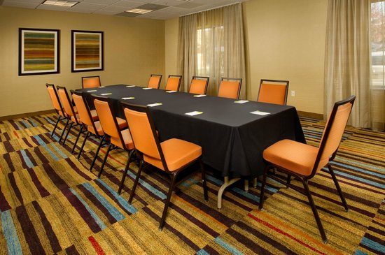 Fairfield Inn & Suites Germantown Gaithersburg: Meeting Room