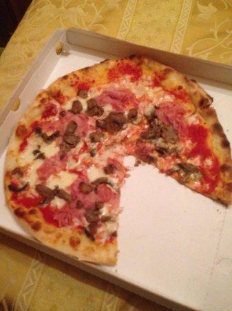 Arte Della Pizza: The best pizza I have ever had!!!!